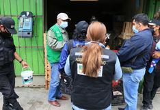 Lanzan frutas y objetos para evitar operativo de liberación de calles en Huancayo