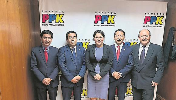 Bancada de PPK fue salvada de la disolución por congresista Yesenia Ponce (VIDEO)