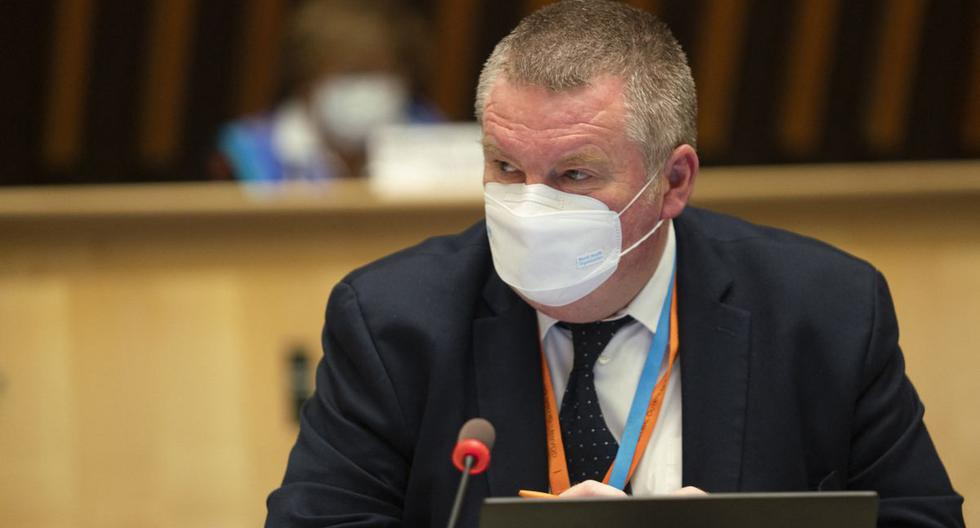 Imagen muestra al director del Programa de Emergencias Sanitarias de la Organización Mundial de la Salud (OMS), Mike Ryan, en Ginebra, el 5 de octubre de 2021. (Christopher Black / OMS / AFP).