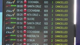 Bolivia: huelga de controladores aéreos deja pasajeros