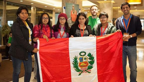 Escolar peruana ganó medalla de oro en Olimpiada Mundial Femenina de Matemáticas