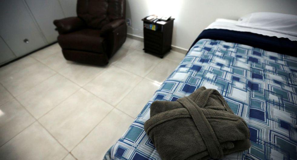 Estas son las habitaciones donde estarán por 18 días los brasileños que recién han llegado a la base aérea Anápolis. (Reuters).