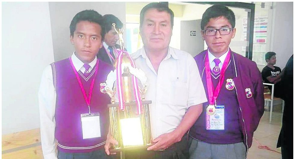 Santa Isabel es campeón de matemática de colegios centenarios
