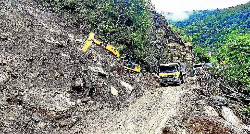 Huaicos interrumpen accesos a la selva