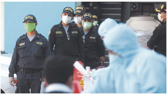 Diez agentes del orden figuran como sospechosos de haber contraído la COVID-19 y uno se recupera en el hospital JAMO. Cuatro murieron en lo que va de la pandemia.
