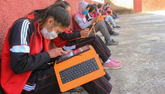 """Indecopi lanza campaña """"Checa tu cole"""" en Huancavelica. Padres y madres podrán reportar casos ante la autoridad nacional de protección del consumidor para las acciones pertinentes"""