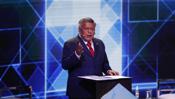 El partido APP, liderado por César Acuña, exhortó a los candidatos presidenciales a explicar medidas en tres rubros. (Foto: GEC)