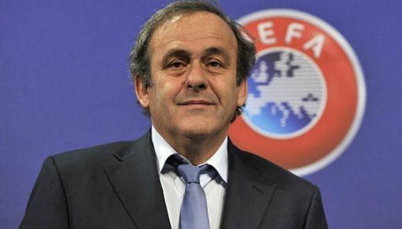 Platini dejará la UEFA en 2019 en caso fracase su intento de presidir la FIFA