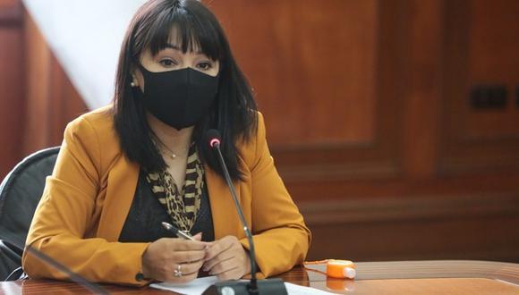 Mirtha Vásquez reemplazó a Guido Bellido como titular del Consejo de Ministros. (Foto: Twitter Mirtha Vásquez)