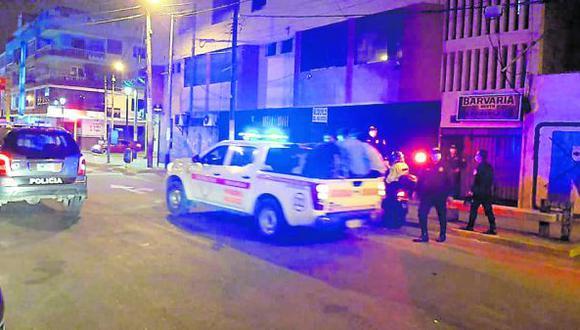 """Hallan a 50 """"covidiotas"""" en local nocturno de Chimbote, en Áncash."""