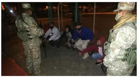 Agentes de Seguridad Ciudadana de Trujillo y soldados del Ejército los encontraron reunidos exponiéndose al contagio del coronavirus. (Foto: MPT)