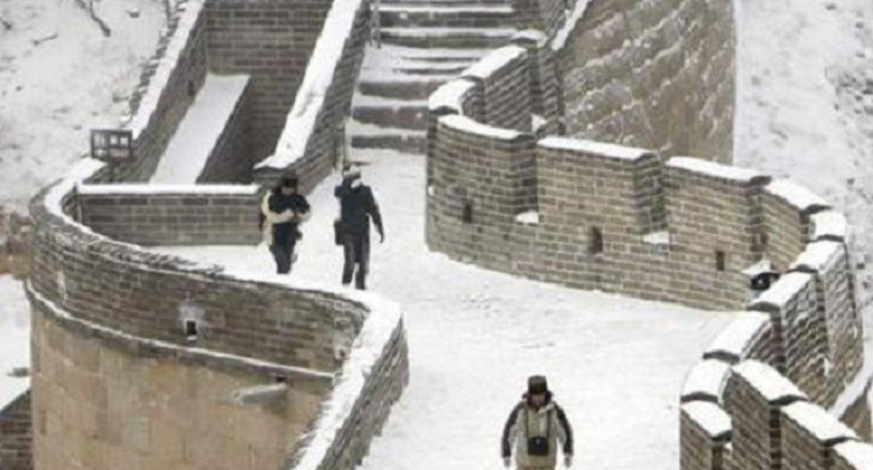 China: Fuertes nevadas dejan tres muertos en la Gran Muralla