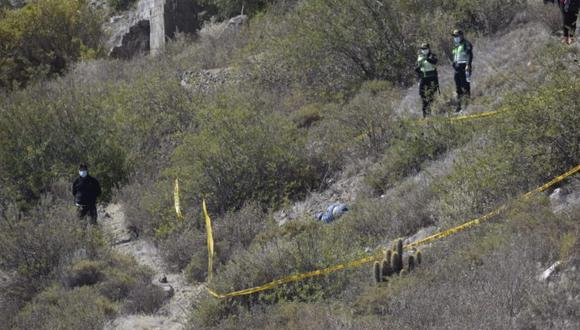 Su cuerpo fue encontrado en la zona de Cristo Rey de Paucarpata, tirado entre los matorrales de un barranco. (Foto: Gerardo Ramos)