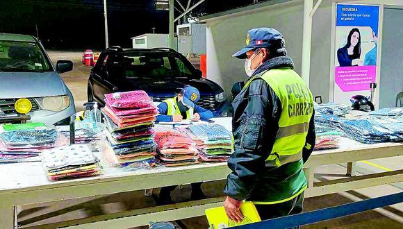 Hallan prendas importadas sin documentos en camión que iba a Lima por Costanera