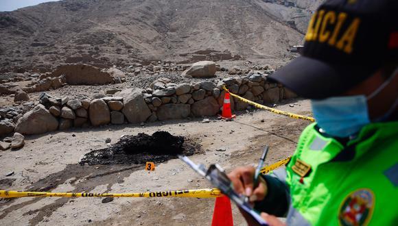 Los restos humanos descuartizados y carbonizados fueron hallados esta mañana en Cieneguilla. (Foto: Hugo Curotto / @photo.gec)