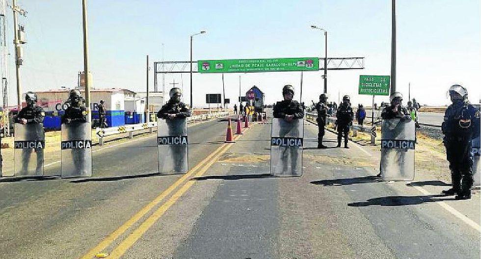 Puno: profesores impidieron cobro de peajes durante protestas del Sutep