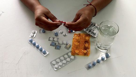 Consumo de medicamentos sin supervisión puede causar toxicidad y desencadenar enfermedades como gastritis, cefaleas e hipertensión.