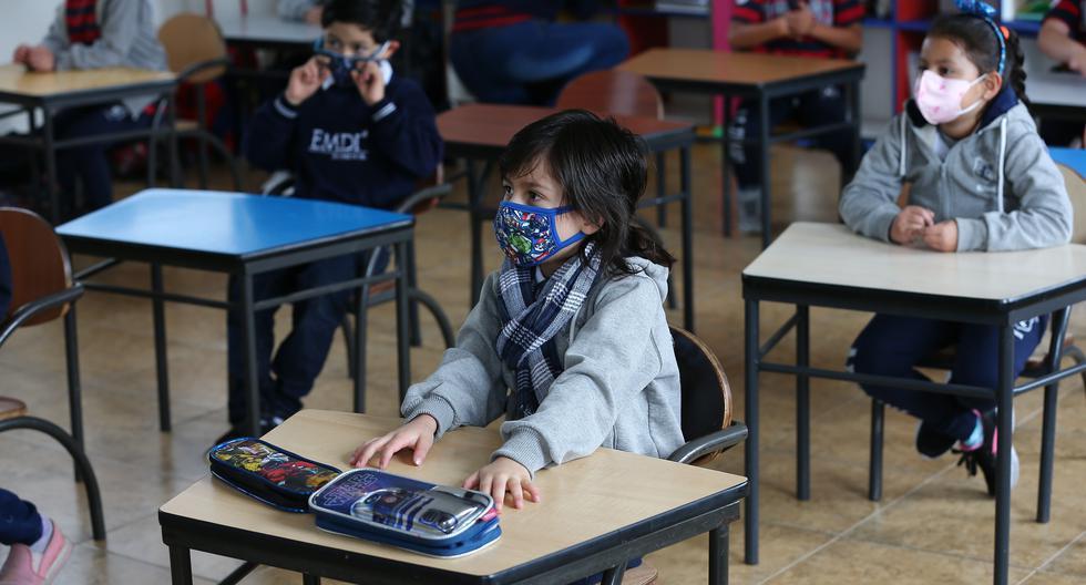 El 60% de los escolares sin clases debido a la pandemia en el 2020 son latinoamericanos