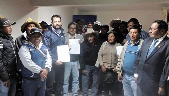 En Chumbivilcas firman el 'Convenio Marco para el Desarrollo Sostenible del Distrito de Velille'