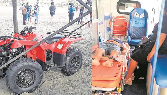 Mujer pierde control de vehículo menor y choca contra infraestructura de fierro, resultando ambas personas heridas.