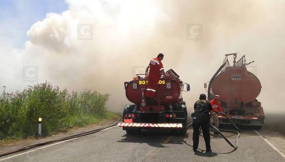 Arequipa: Registran 3 incendios forestales en Mollendo