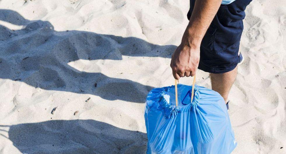 Los planes de disfrutar de un picnic en la playa o de un campamento a orillas del mar son muy recurrentes y la mayoría de personas deja sus desechos en estos lugares. (Foto: Disal Perú)