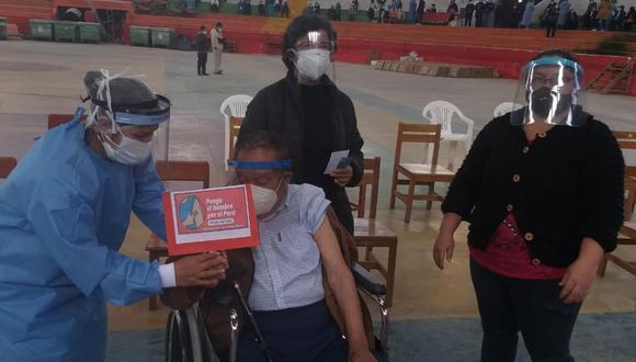 Cajamarca: La Defensoría también pidió una difusión precisa de información con respecto al cronograma, lugares donde se realizarán la inmunización, su importancia y los alcances del consentimiento informado. (Foto: Municipalidad Provincial Celendín)