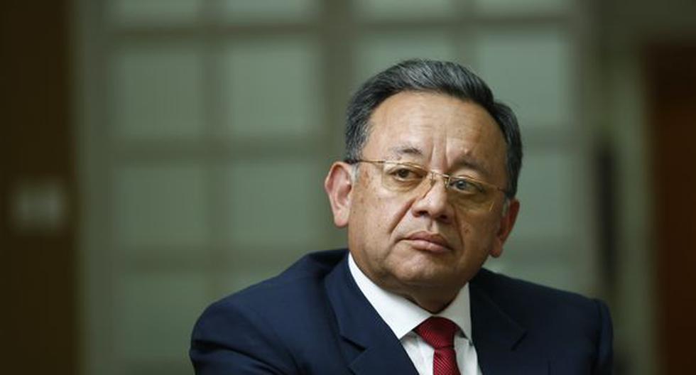 """Alarcón asegura que el presidente Vizcarra tiene """"asustada y amenazada"""" a Karem Roca"""