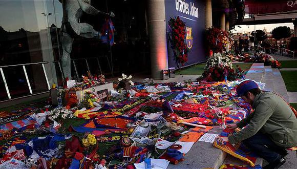 60.525 personas despidieron a Johan Cruyff en el Camp Nou