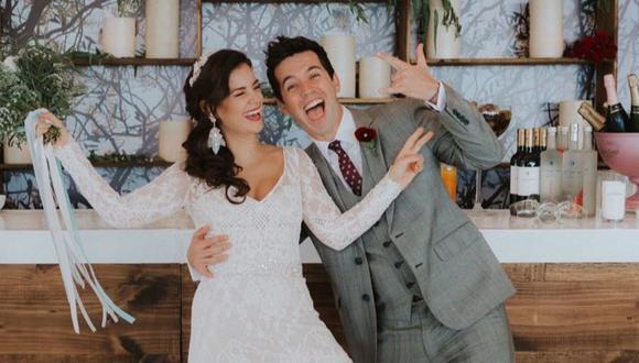 Las fotografías de su boda civil las publicó en sus historias de Instagram. Y también le dedicó un mensaje a su esposa a través de esta red social.