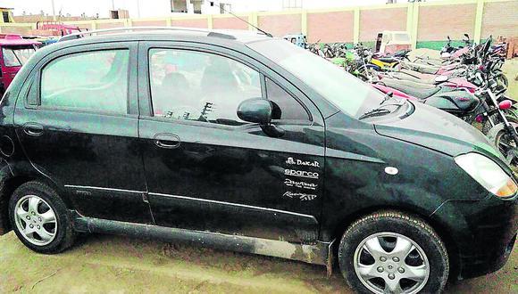 """CHINCHA: Frustran """"negociazo"""" de delincuentes  roba autos"""
