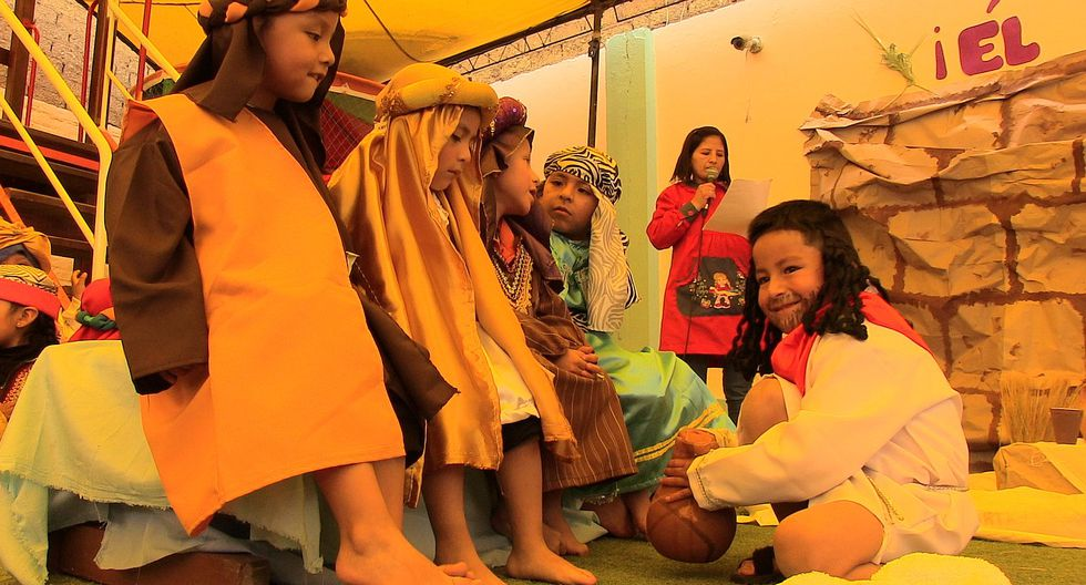 Niños vivieron Semana Santa escenificando pasajes de la Biblia