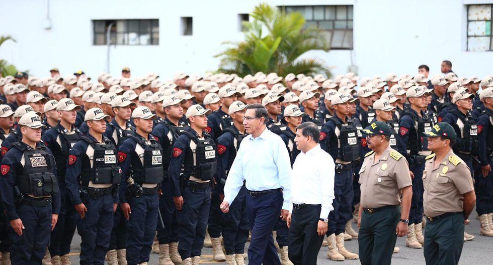 El jefe de Estado recordó que el Gobierno apuesta por la propuesta para reducir la cantidad de agentes en áreas administrativas para se reasignados a las labores de protección a la ciudadanía. (Foto: HugoCurotto/GEC)