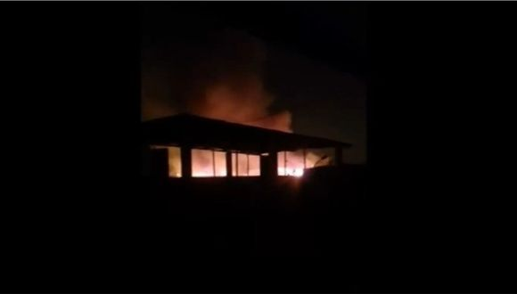 Video de los primeros minutos del incendio en el Callao registrado por los vecinos