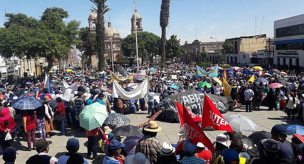 """Más de 5 mil personas participaron en movilización contra """"tarifazo"""" del agua"""