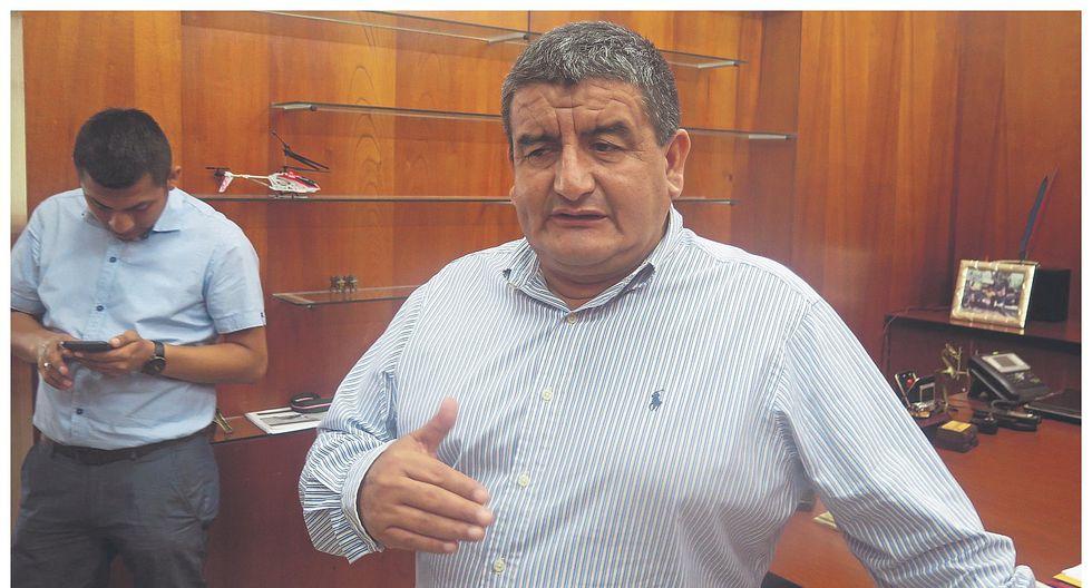 Denuncian a candidato Humberto Acuña por proselitismo en Ciudad Eten