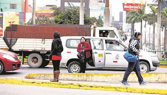 Taxis colectivos siguen operando en el Cercado de Lima y otros distritos