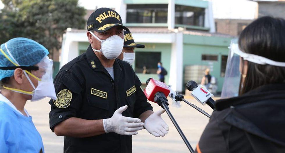 En diálogo con la prensa, Manuel Vásquez sostuvo que en estos momentos los 510 estudiantes contagiados de COVID-19 se encuentran aislados en un pabellón en el interior de la escuela. (Foto Manuel Melgar/ GEC)