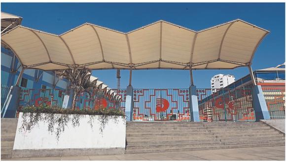 Recinto deportivo fue inaugurado el 2013 por el exalcalde César Acuña, a pesar de que los trabajos no culminaron.