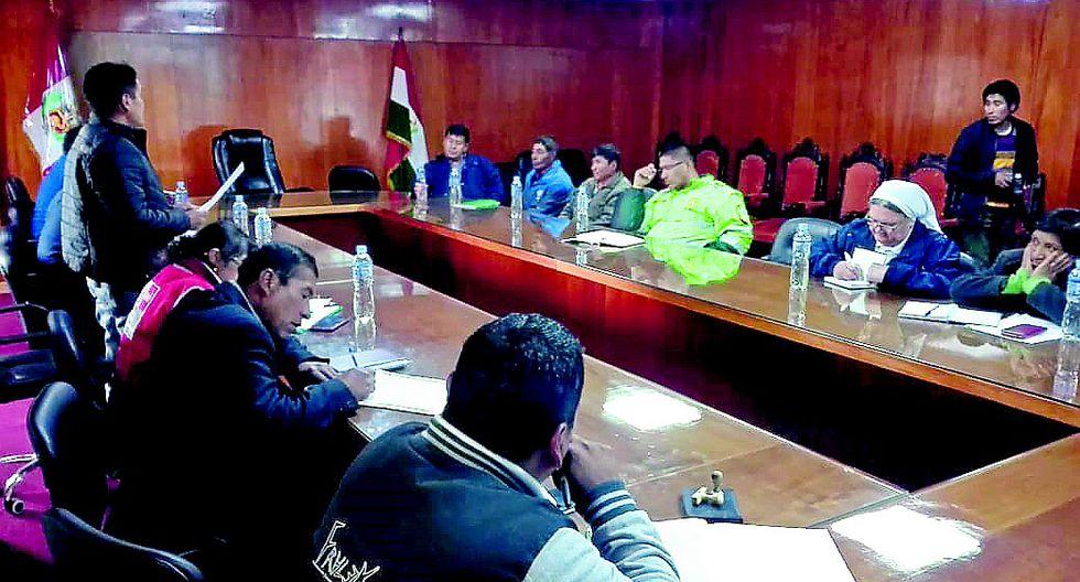 Instituciones públicas no muestran interés por el coronavirus en Azángaro