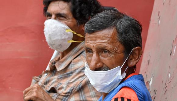 Adultos mayores (Foto: Cris BOURONCLE / AFP)