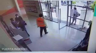 Cámaras de seguridad captan cómo un sicario intentó asesinar a una mujer en Nasca