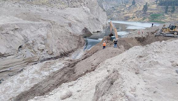 En Arequipa inician segundo desembalse de agua del cauce del río Colca