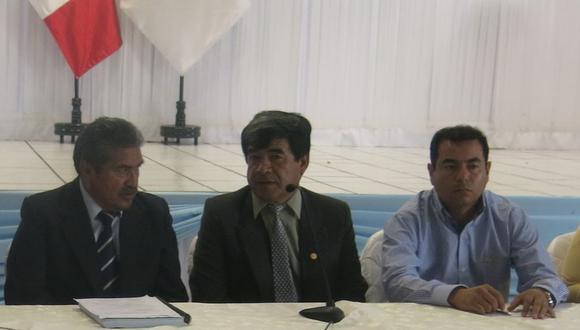 Alcalde Valdivia convoca a reunión por la petroquímica