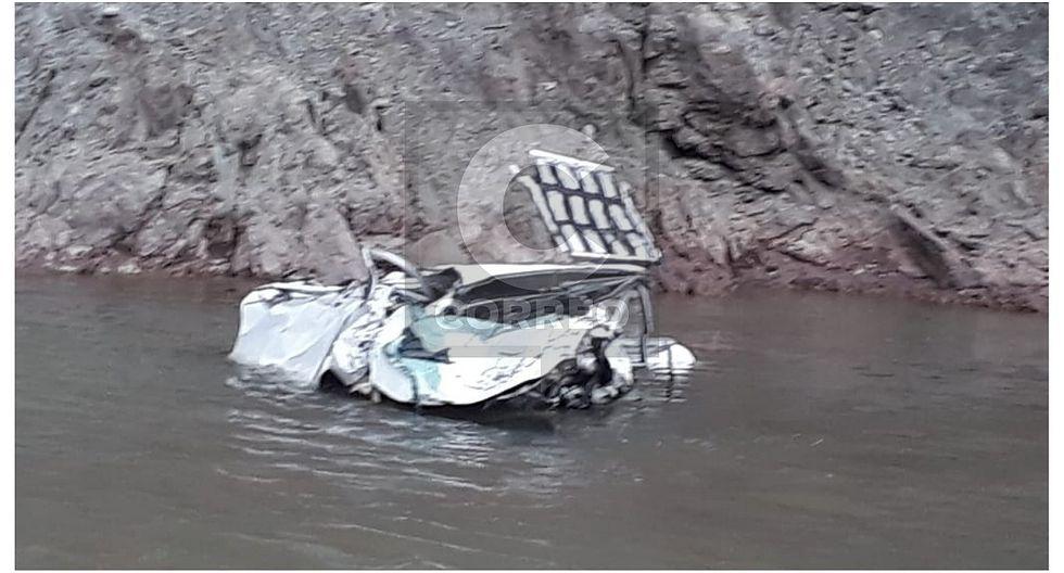 Siete muertos deja caída de camioneta en ruta Huancayo - Ayacucho