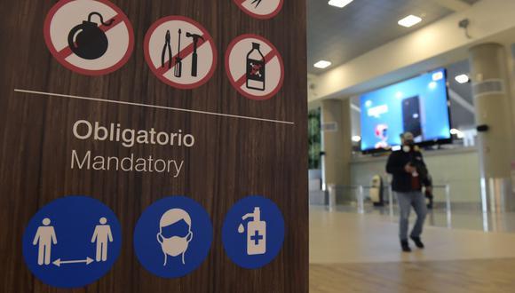 El aeropuerto internacional de Quito, Ecuador, durante la pandemia de coronavirus. (Rodrigo BUENDIA / AFP).
