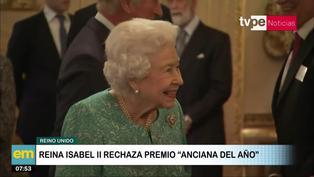 """Reina Isabel II rechazó premio a """"Anciana del año"""""""