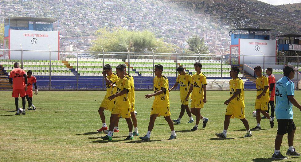 Ayacucho FC entrenó ayer a puerta cerrada