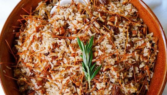 El arroz árabe o arroz con fideos es típico plato para acompañar las carnes asadas o al horno que se sirven en Navidad. (Foto: @eating.with.andy / Instagram)