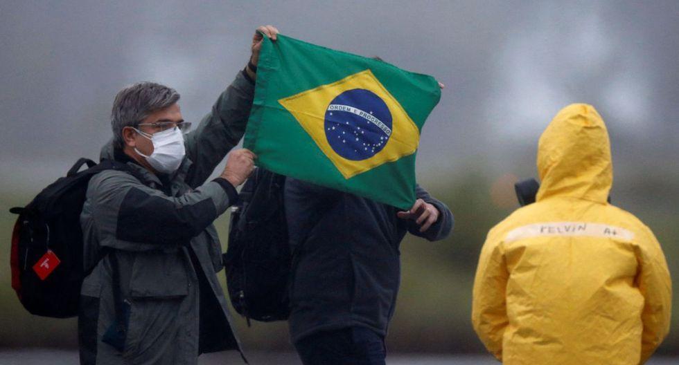Fueron dos aviones militares los que trajeron a los ciudadanos brasileños desde Wuhan, donde se originó el coronavirus. (Reuters).